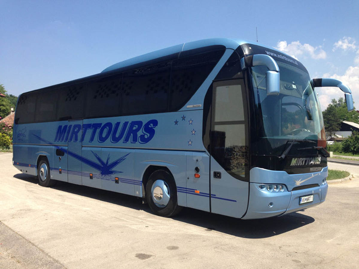 1_NEOPLAN_TOURLINER.jpg